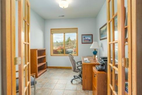 Pioneer-Road-Vineyard-Estate-Oregon-27