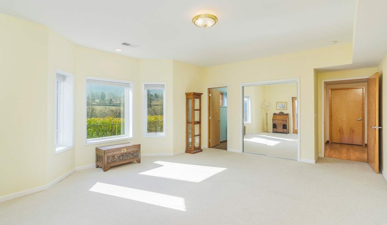 Pioneer-Road-Vineyard-Estate-Oregon-34
