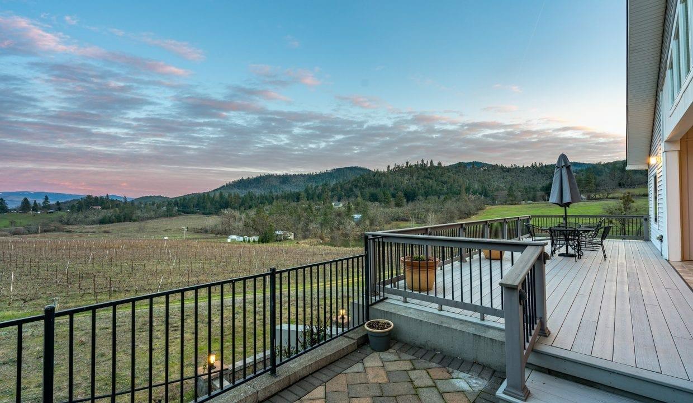 Pioneer-Road-Vineyard-Estate-Oregon-42
