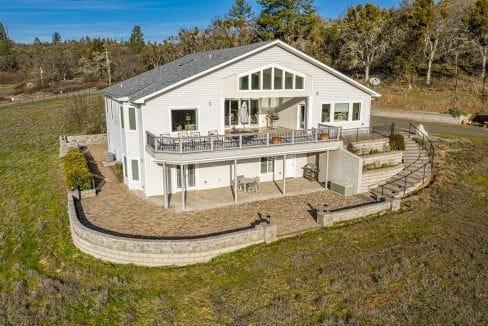 Pioneer-Road-Vineyard-Estate-Oregon-48