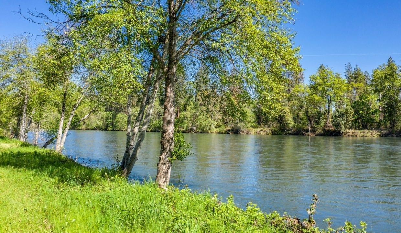 02 River Lot (4)
