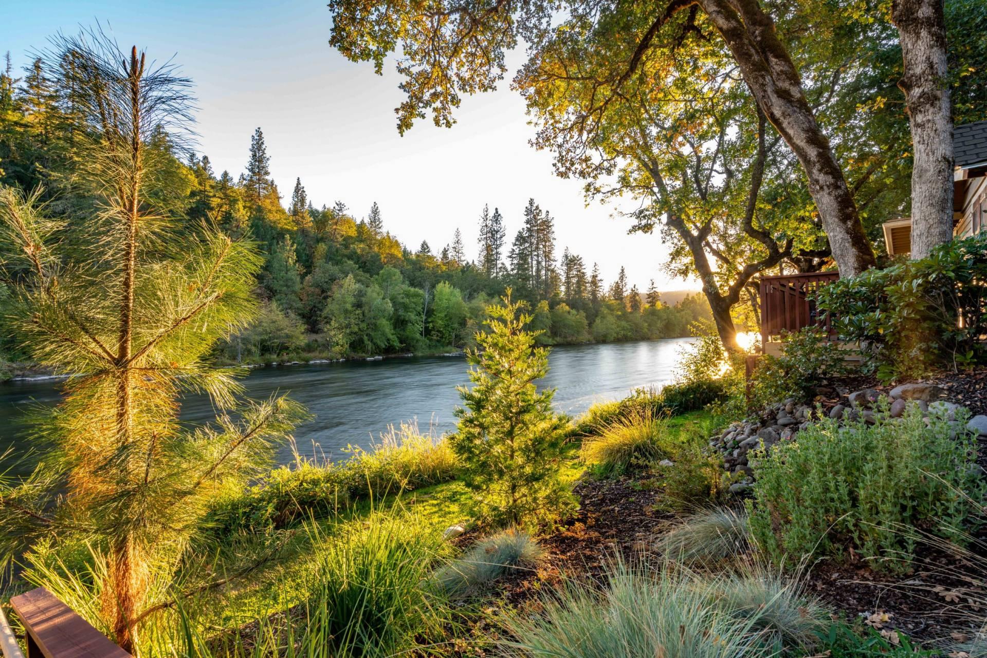 Rogue River Lodge