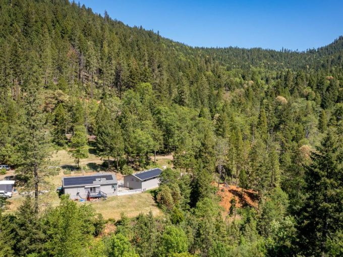 5343 Coyote Creek Road Wolf Creek Oregon