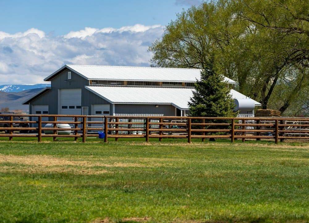 Board Ranch 18