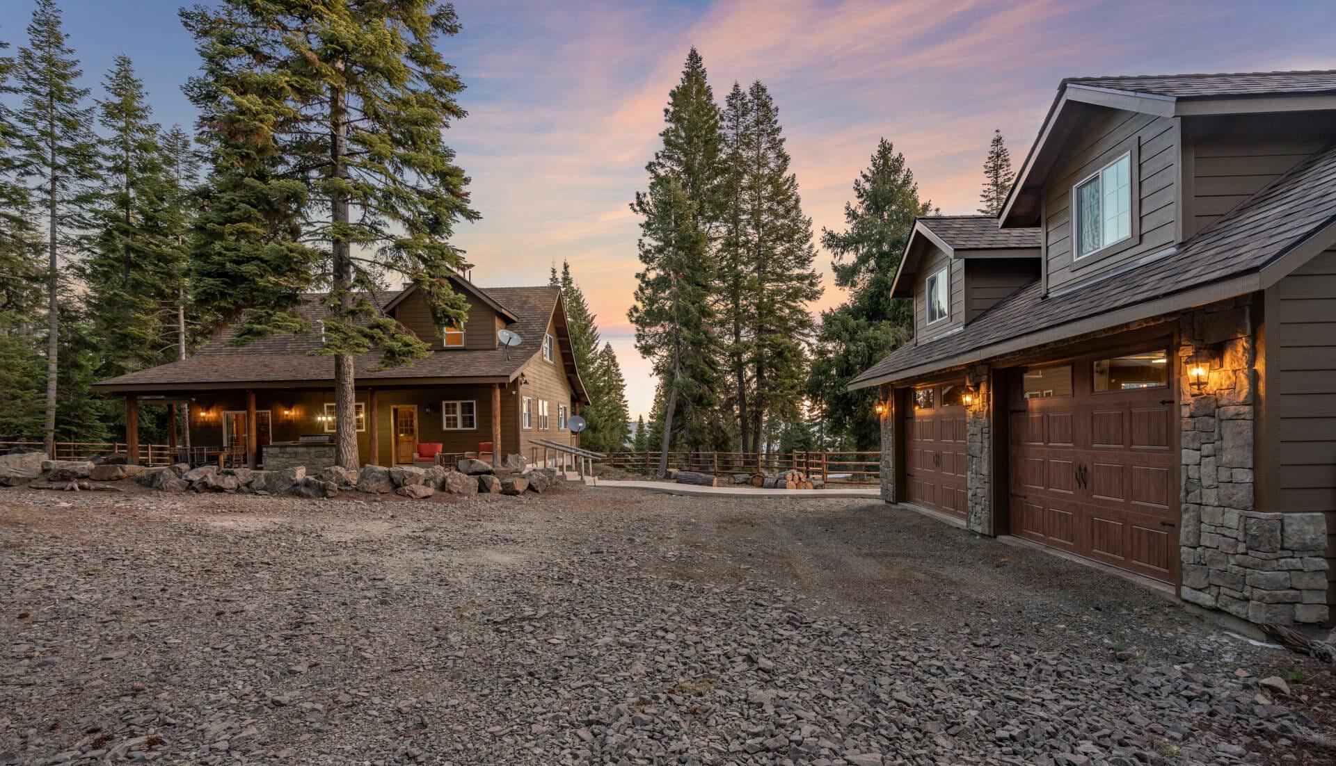 Cascade Mountain Cabin